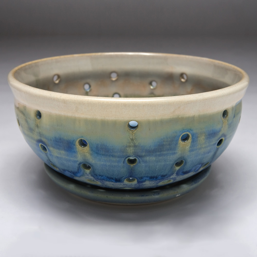 Cynthia Curtis Pottery Berry Bowl
